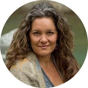 Lisa Schrader